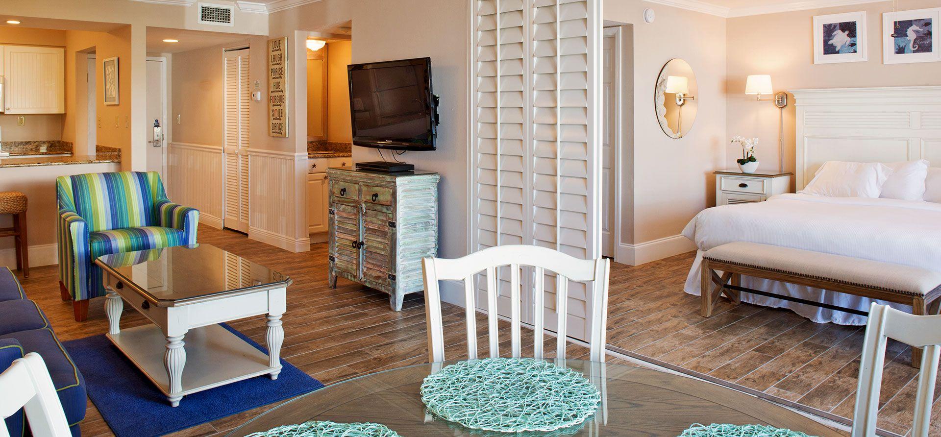 Sundial Beach Resort & Spa - Studio Bedroom