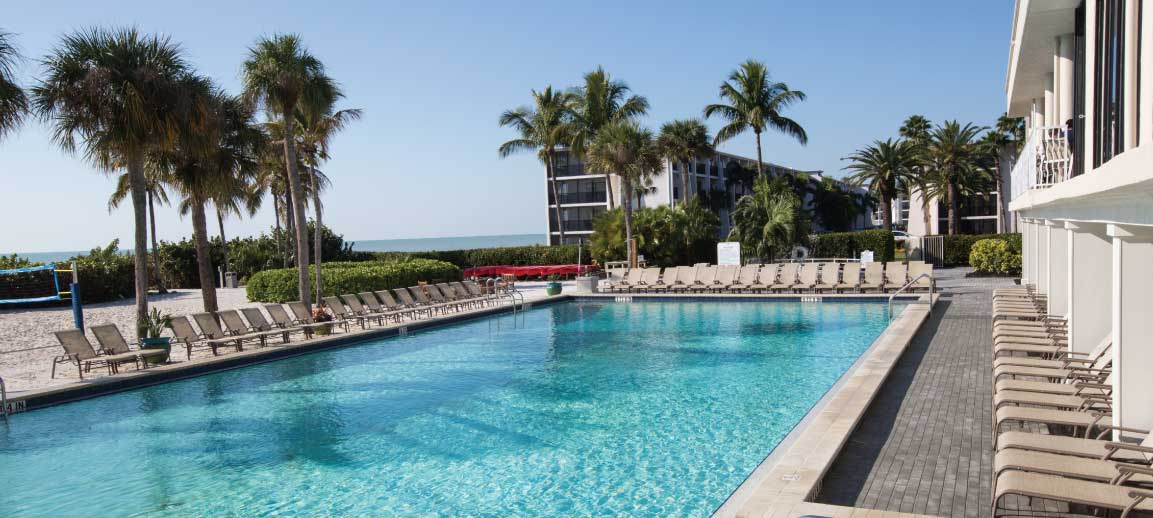 Sanibel Island Hotels: Jump Into Summer With A Dive-in Poolside Movie