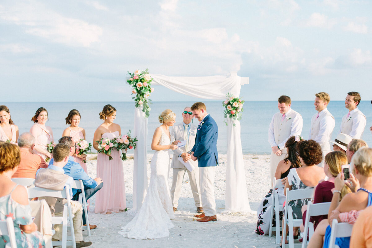 Sanibel Island Hotels: Karissa And Jayson Tie The Knot
