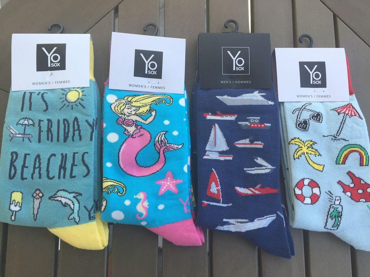 festive beach socks themed
